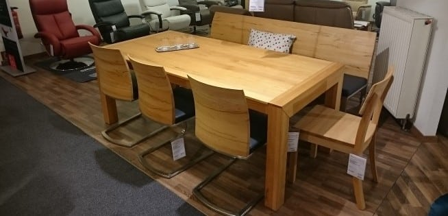 Tischgruppe Lyss