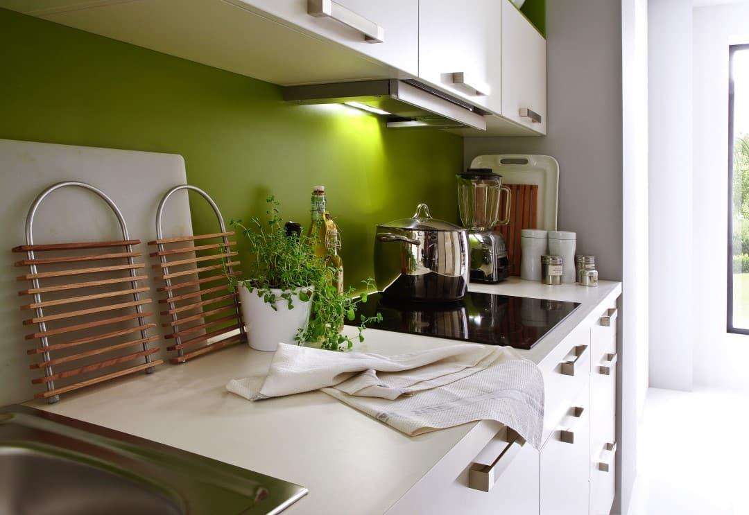 Küche-mit-frischen-Farben (2)