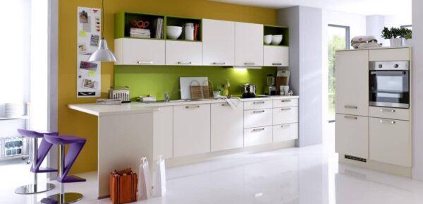Einbauküche mit Trendfarben