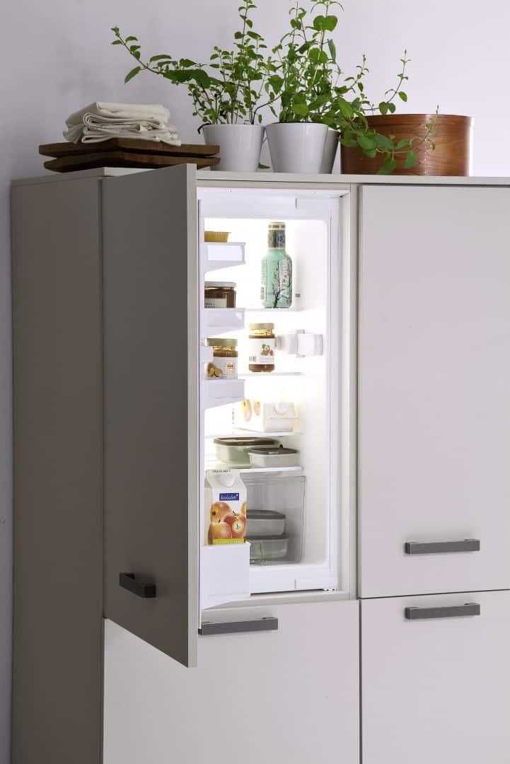 hocheingebauter Kühlschrank