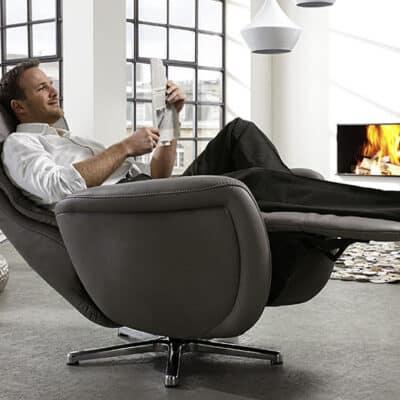 Verstellbarer Relaxsessel Smart von Hukla mit Drehgestell in echt Leder
