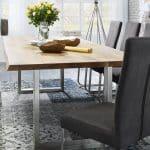 Esstisch mit massiver Tischplatte