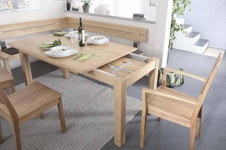 Eckbank mit auszihbarem Tisch