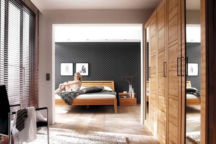 Schlafzimmer Casera aus Kernbuche