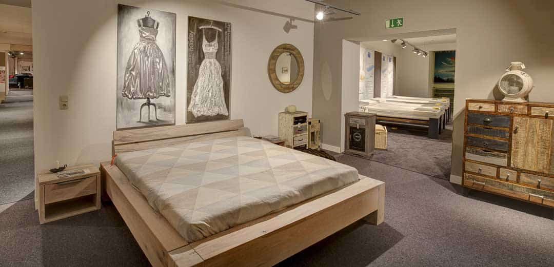 Möbel Köhler - massive Betten