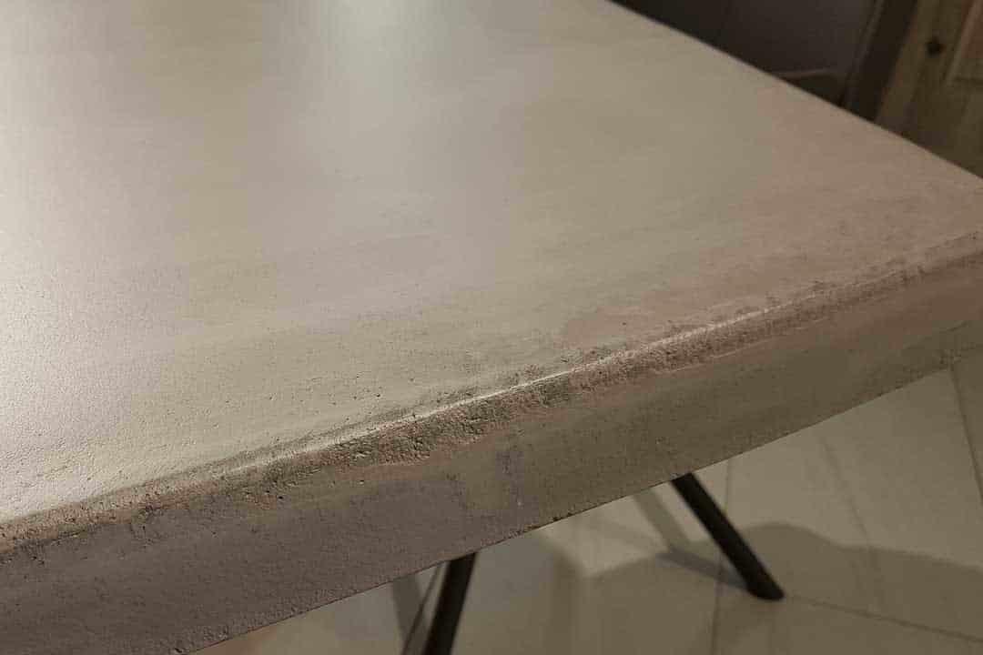 Betonplatte Esstisch