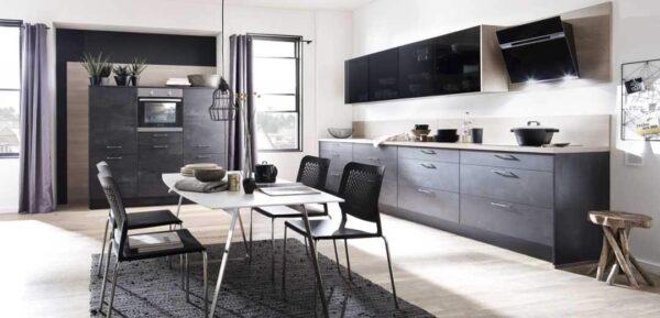 Designküche mit besonderem Materialmix