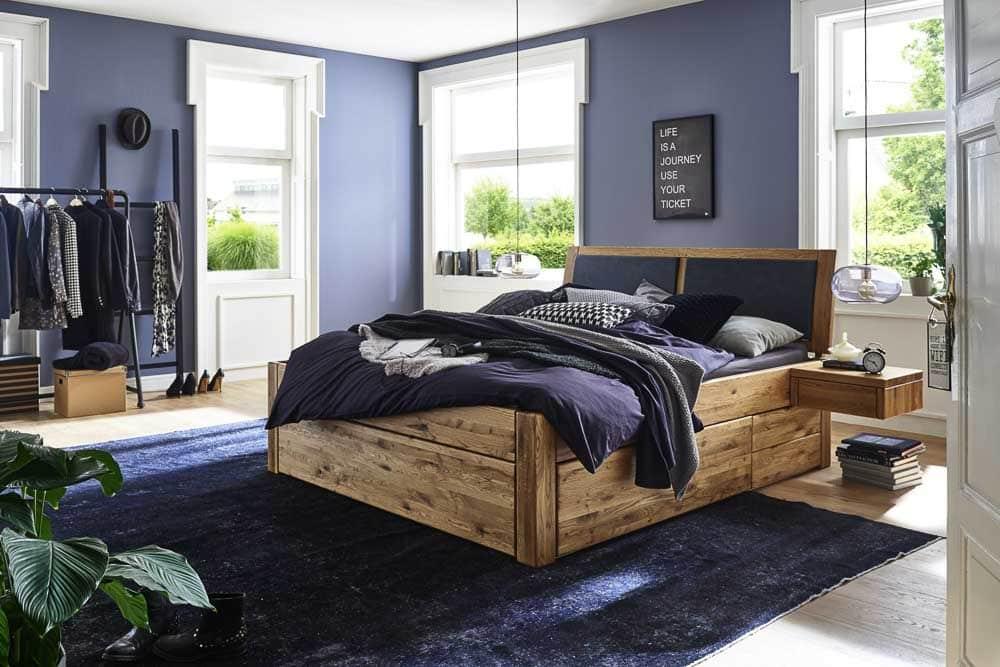 Doppelbett aus Eiche mit SChubladen