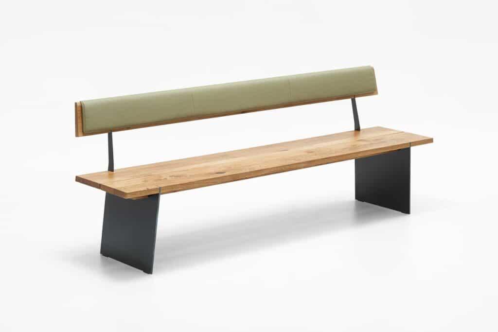 Sitzbank mit Sitzfläche aus massiver Eiche und Rückenelement gepolstert