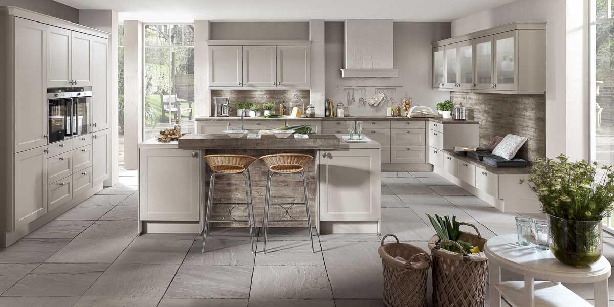 Küchen im Landhausstil bei Möbel Köhler in Viersen