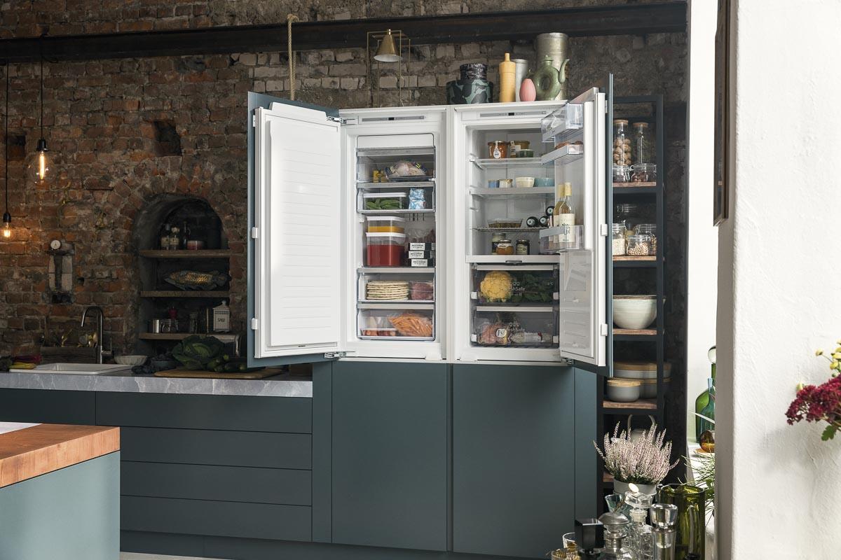 Neff Kühlschrank und Gefrierschrank im Hochschrank eingebaut